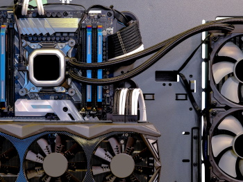 Immersion vs rear-door cooling for HPC systems
