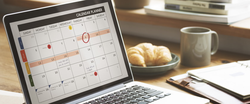 Organisational calendar on a laptop while working from home